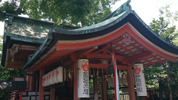 武信稲荷神社本堂