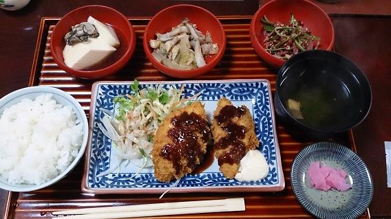 網辰 魚フライ定食