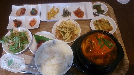 豆腐チゲ定食