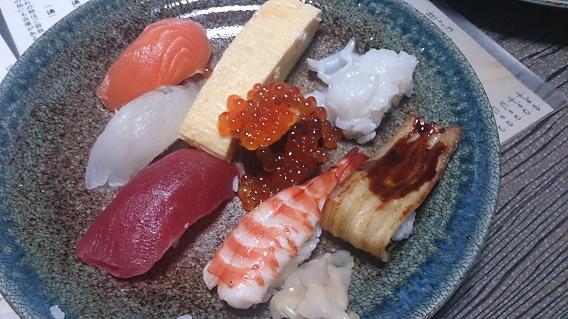 みくら寿司盛り合わせ