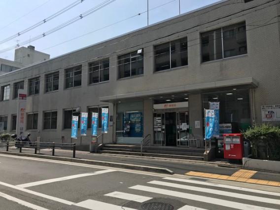 京都右京郵便局は土曜・日曜・祝日も営業。何時まで?駐車場は?
